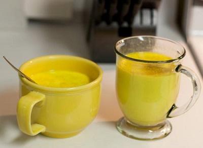«Золотое молоко»: простой напиток, который может изменить твою жизнь.